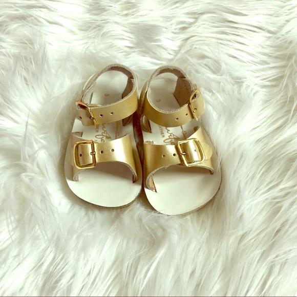 3cb1ae5ae7a4 Gold Sun San Surfer Salt Water Sandals. M 5b043e3061ca10d24cf59b2f